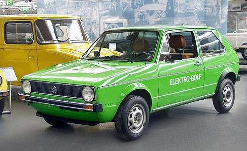 - Volkswagen GOLF Electric 1. generace 1977 v muzeu ve Wolfsburgu -